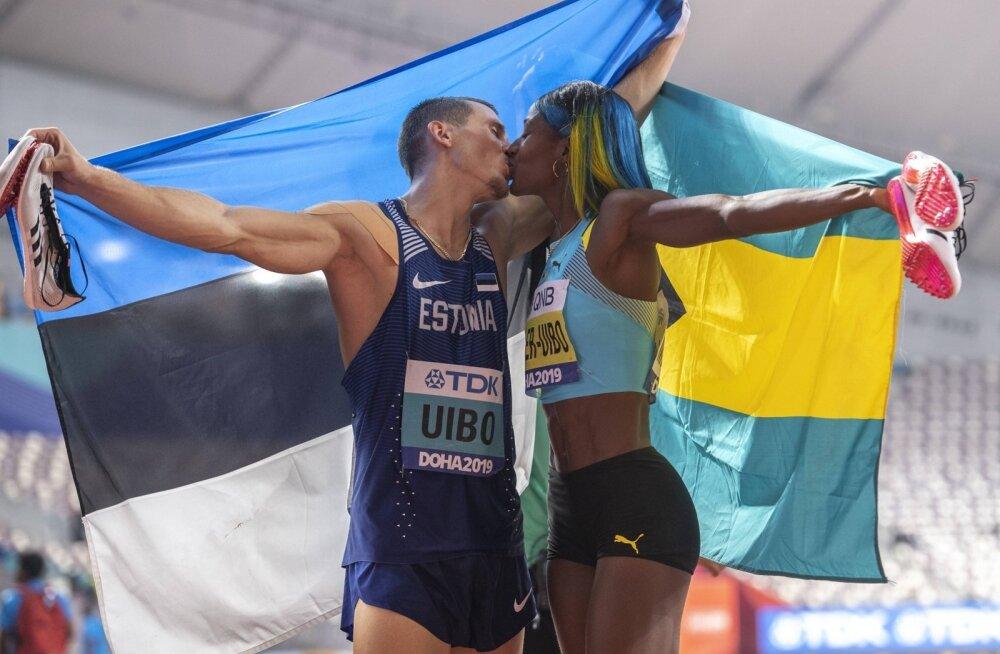 Maicel Uibo koos abikaasaga medalivõitu tähistamas.