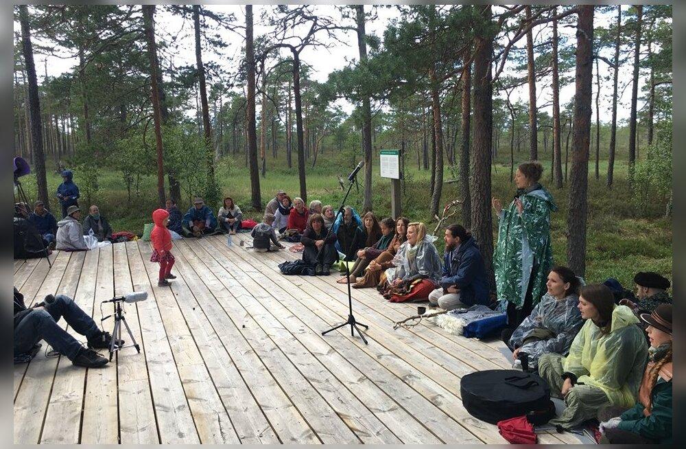 13. juulil Soomaal toimuv Metsalaulupidu meenutab, et oleme metsarahvas, kelle juured on sügaval looduses