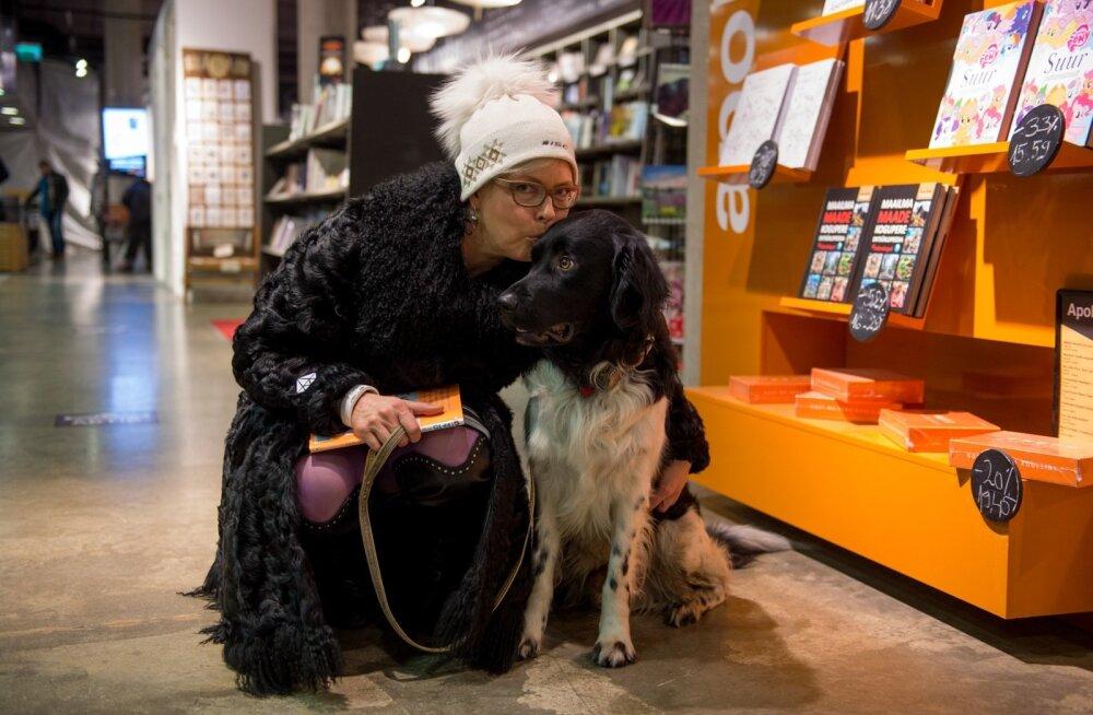 Evelin Ilves koeraga