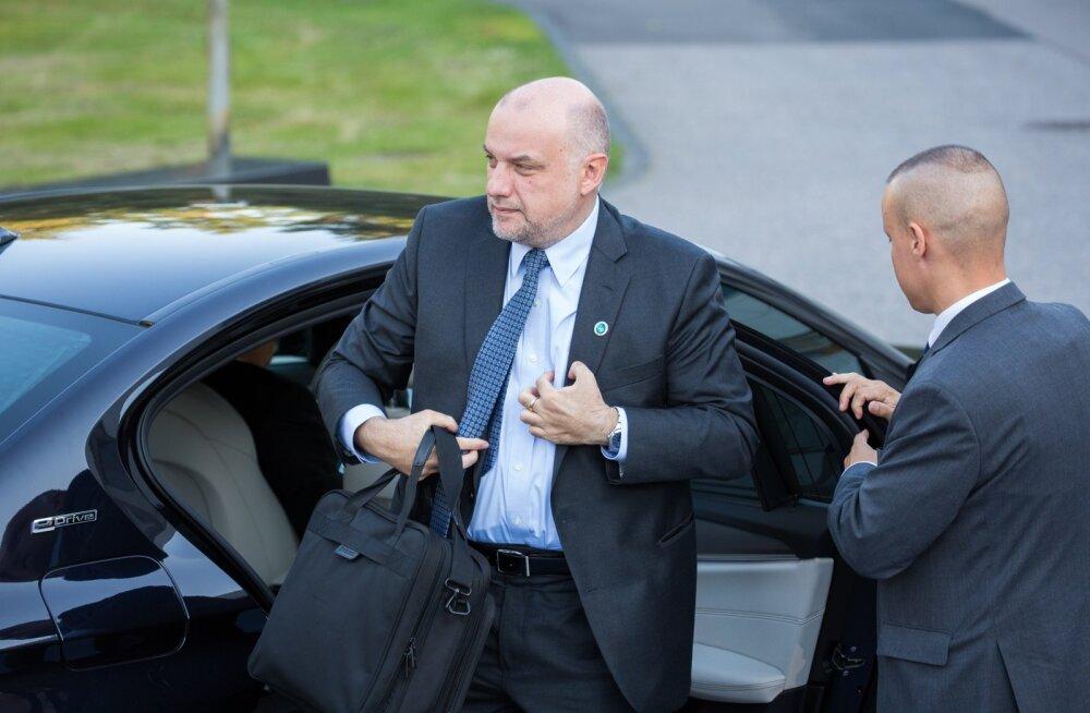 Jüri Luik kaitseministrite kohtumisel Helsingis