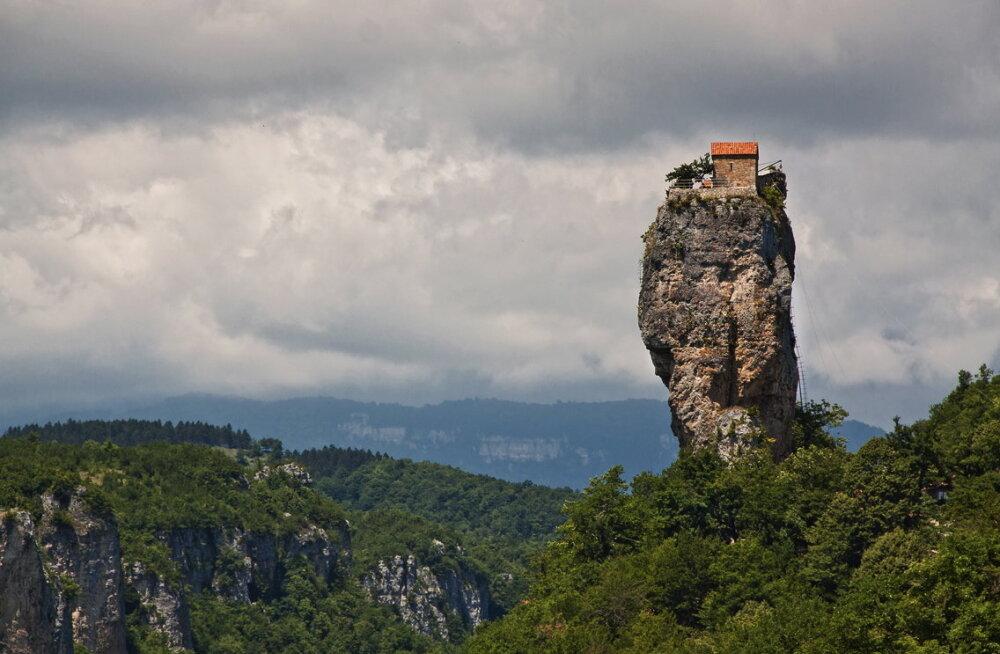 Maailma kõige isoleeritum koht on Katskhi mäesammas Gruusias