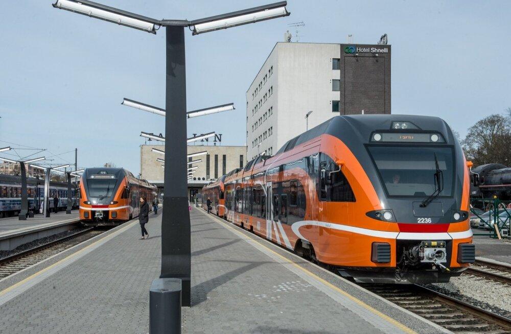 Tartu ja Viljandi rongid