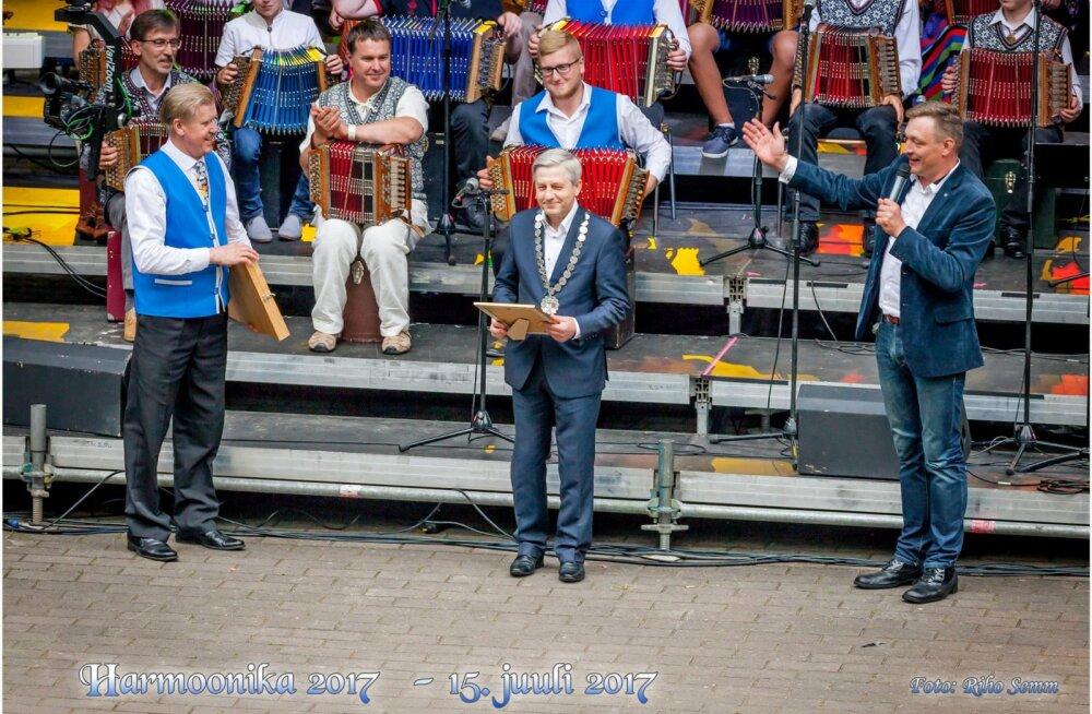 Eesti lõõtsapealinn Põlva sai linnapea