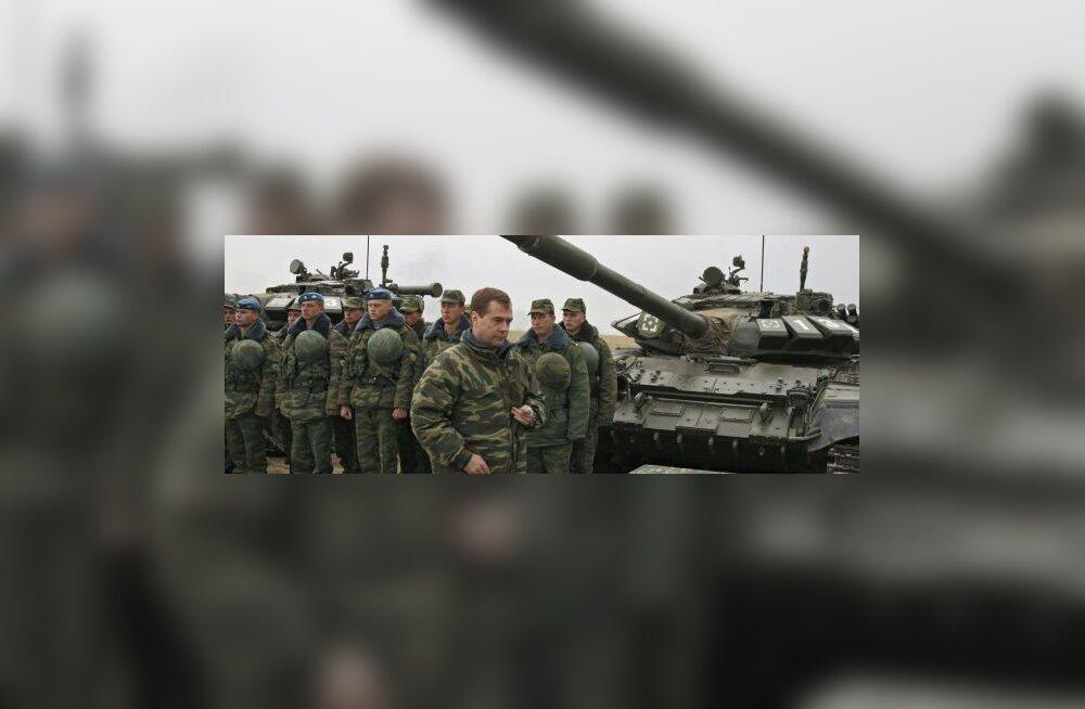 Baltikumi külje alla tuleb Vene armee koondüksus