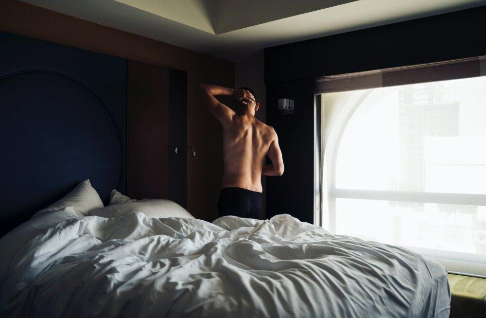 Naine, kelle mees on maganud enam kui 100 naisega: mul on selle üle ainult hea meel