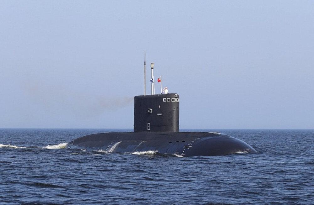 Venemaal toimus salajasel tuumaallveelaeval põleng, meeskond hukkus