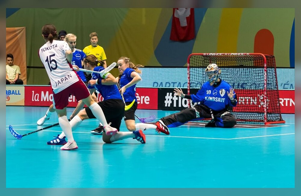 Eesti saalihokinaiskond mängus Jaapaniga