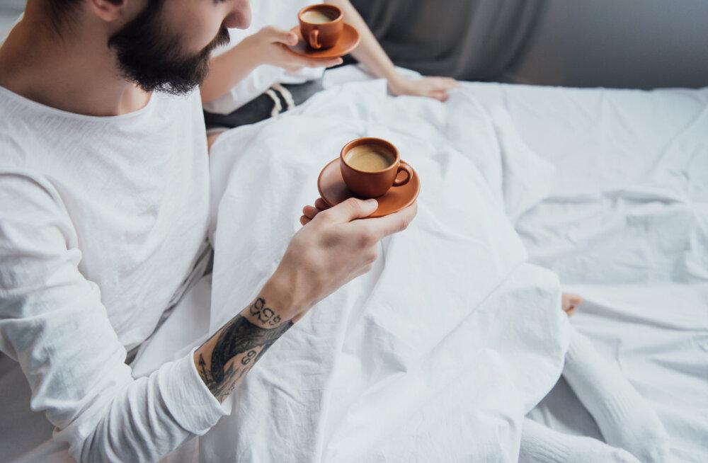 Kofeiin ja uni: kuidas mõjutab kohvi joomine uinumist?