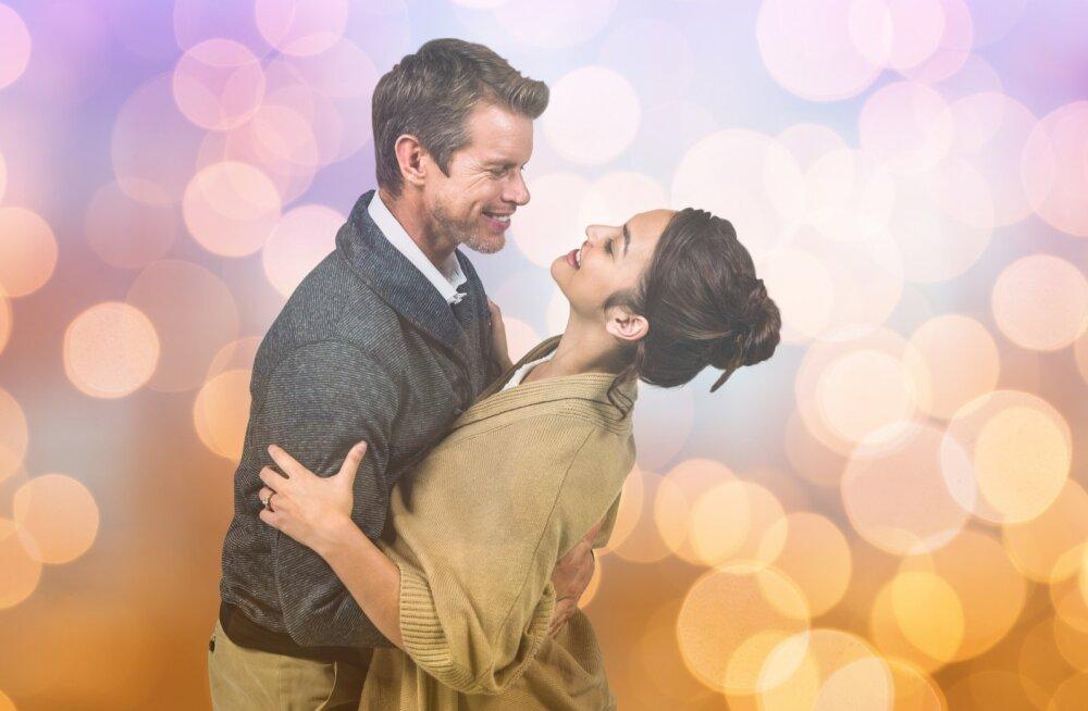 День Влюбленных: романтика или манипуляция?