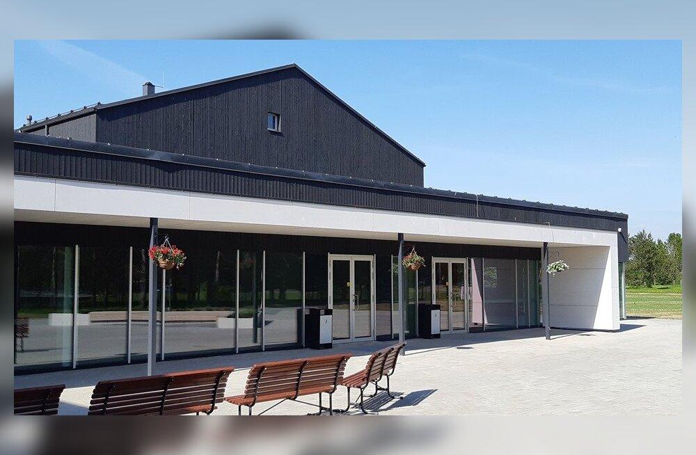 Kohila vald avas uuendatud koolimaja, mille rajamiseks ei saadud sentigi ei riigilt ega Euroopast
