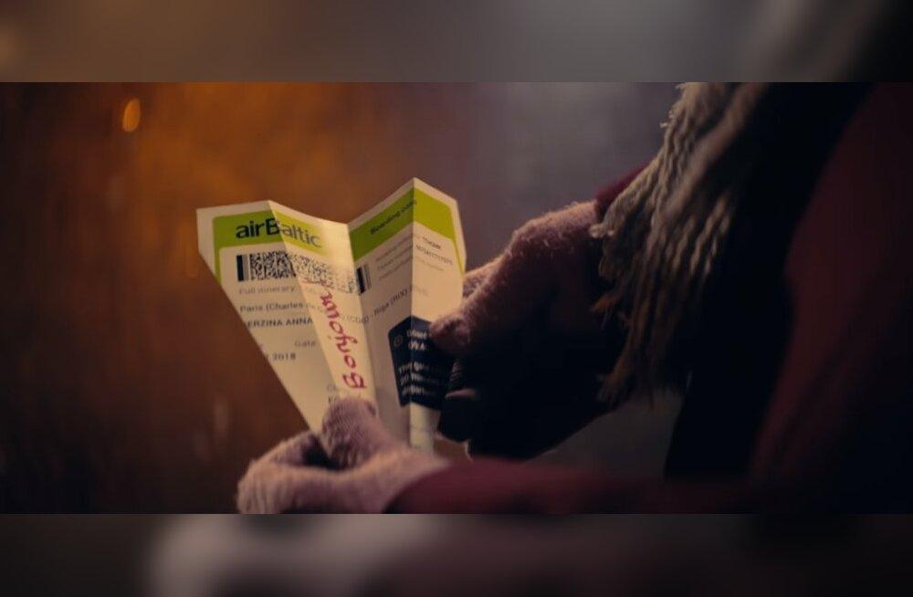 ВИДЕО: Новогоднее настроение в праздничном рекламном ролике от airBaltic