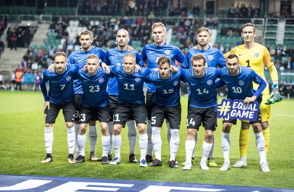 Eesti koondis enne mängu Soomega