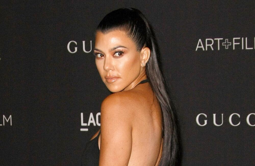FOTOD | Kourtney Kardashian avaldas, kuidas ta peale kolme lapse sünnitamist end elu parimasse vormi treenis