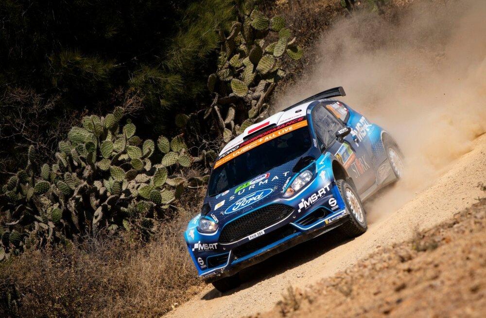 Łukasz Pieniążek startis Mehhikos ainsana WRC2 Pro sarjas. Esikoht tuligi.