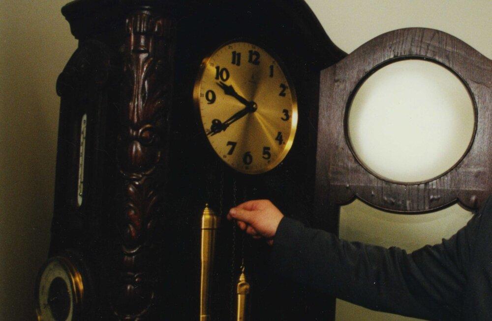 Järgmine aasta võib jääda kellakeeramise ajaloos viimaseks: Euroopa Komisjon toetab kellakeeramise lõpetamist