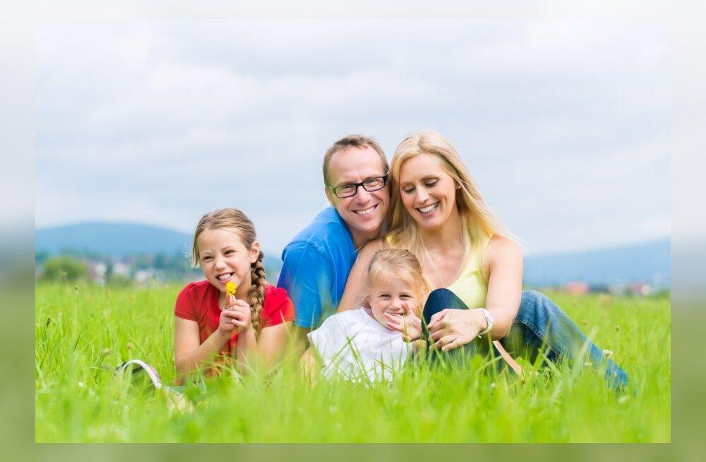 Поправки к системе семейных пособий прошли первое чтение в Рийгикогу