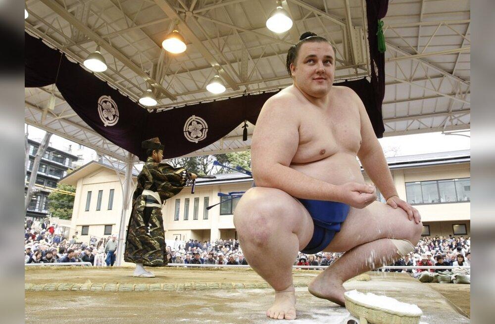 Baruto stardib Fukuokas teiselt positsioonilt