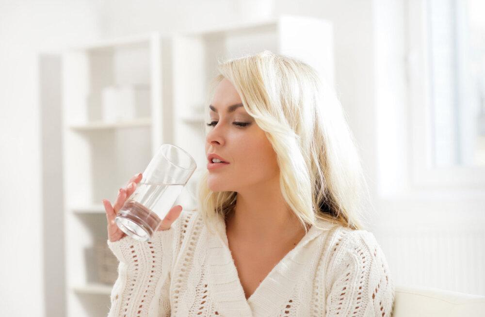 Tervislik algus päevale - klaas vett enne hommikusööki!
