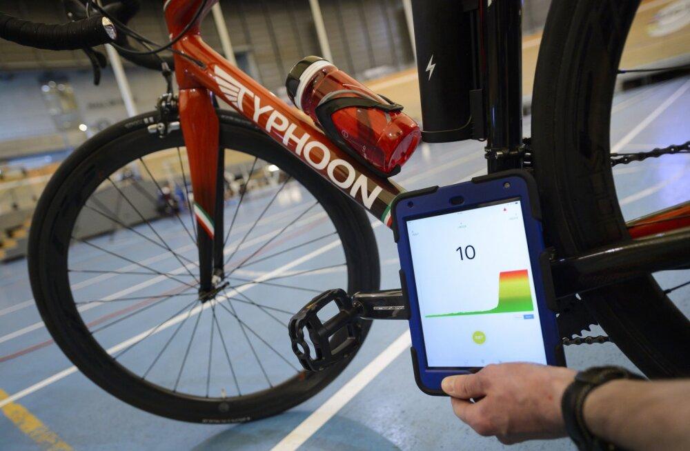 Mehaanilise dopinguga vahele jäänud rattur sai omapäraseid karistusi