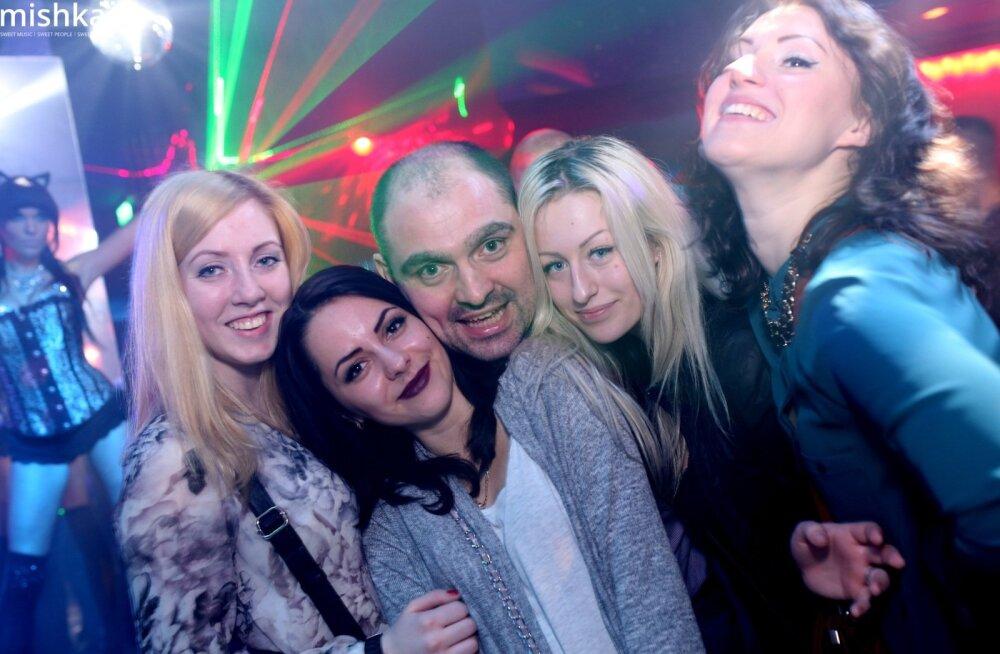 Tutti Frutti Erotic party ööklubis Mishka