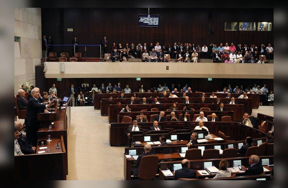 Iisrael saatis parlamendi laiali ja korraldab jaanuaris valimised