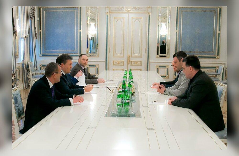 Ukrainas lepiti kokku 16. jaanuari seaduste muutmises ja valitsuse vastutuse küsimuse ülevaatamises