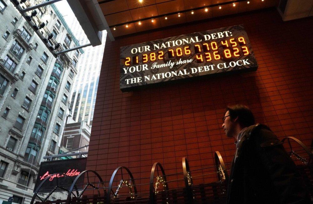 USA võtab koroonaviiruse tõttu rekordmahus laenu