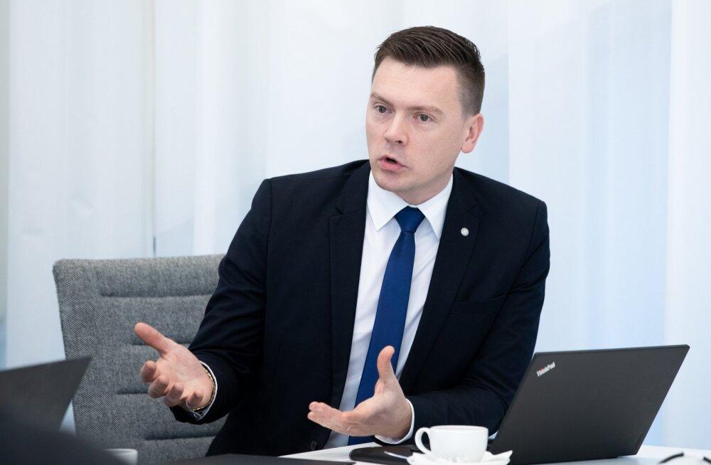 Dmitri Jegorov.