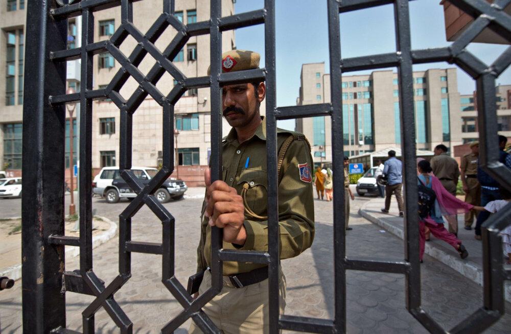 Санганер — одна из самых удивительных тюрем в мире, где многие мечтают остаться навсегда