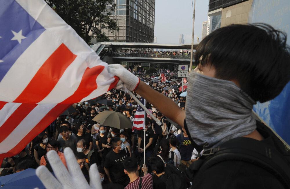 Hongkongi protestidel paluti USA aktiivsemat sekkumist
