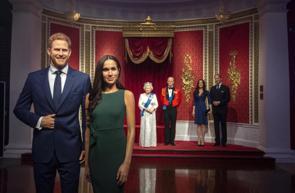 FOTOD | Mexgit täies hoos! Londonis asuv Madame Tussauds'i muuseum eemaldas Meghani ja Harry kujud kuningliku pere seast