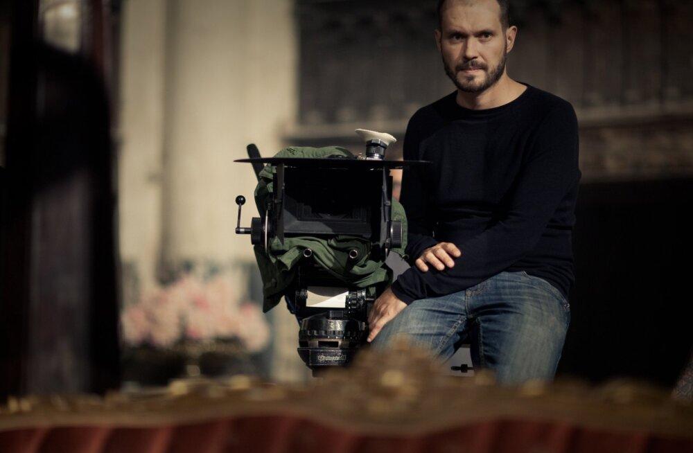 """Mart Taniel kandideerib """"Novembriga"""" Ameerika Filmioperaatorite Liidu auhinnale"""