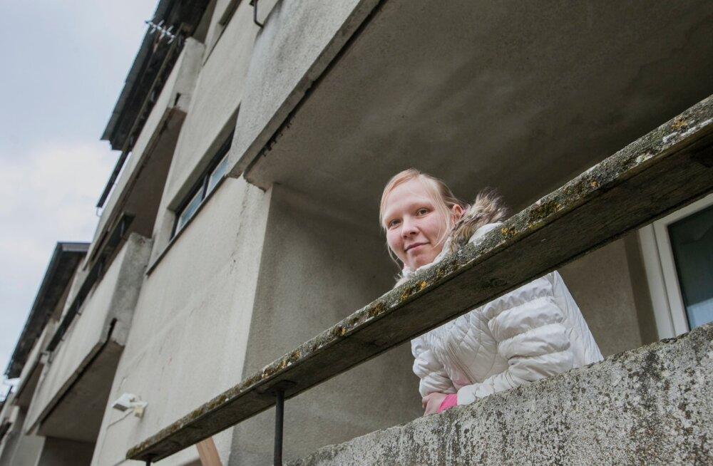 Meremäe valla noorsootöötaja Krista Karusion on oma üürikorteriga praegu rahul.  Meremäele tuligi ta vaid seetõttu, et vald andis  korteri.