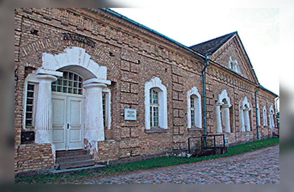 Pillimuuseum Kõverasse kõrtsi