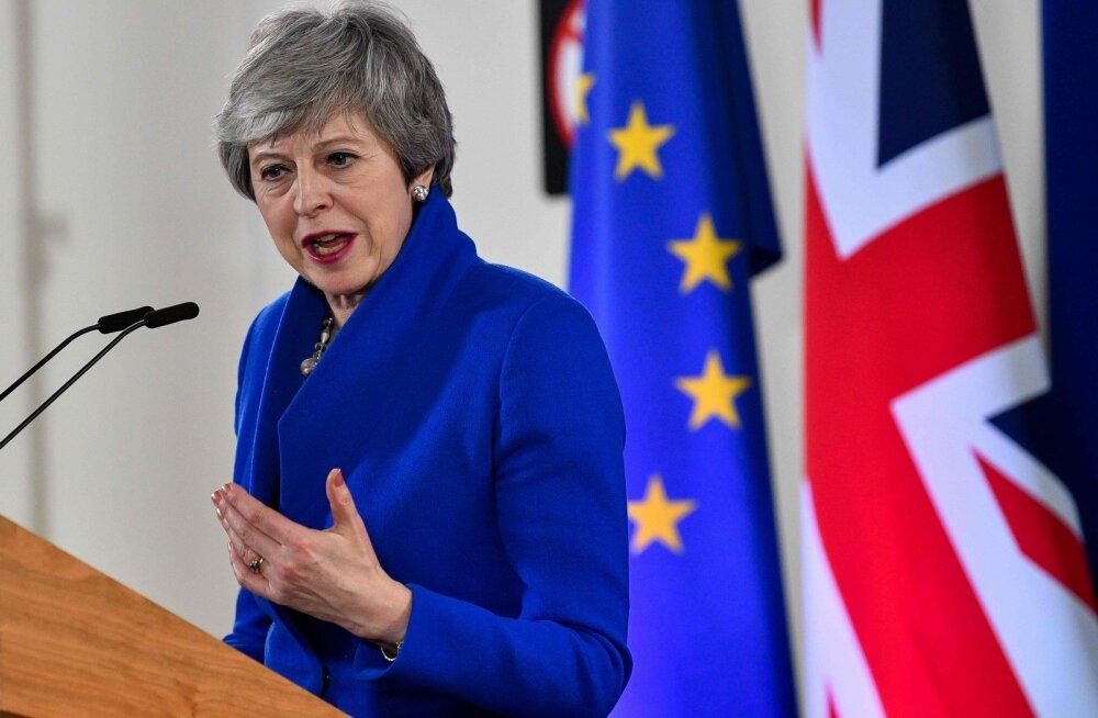 """Мэй приняла предложение ЕС отсрочить дату """"Брекзита"""" до 31 октября"""