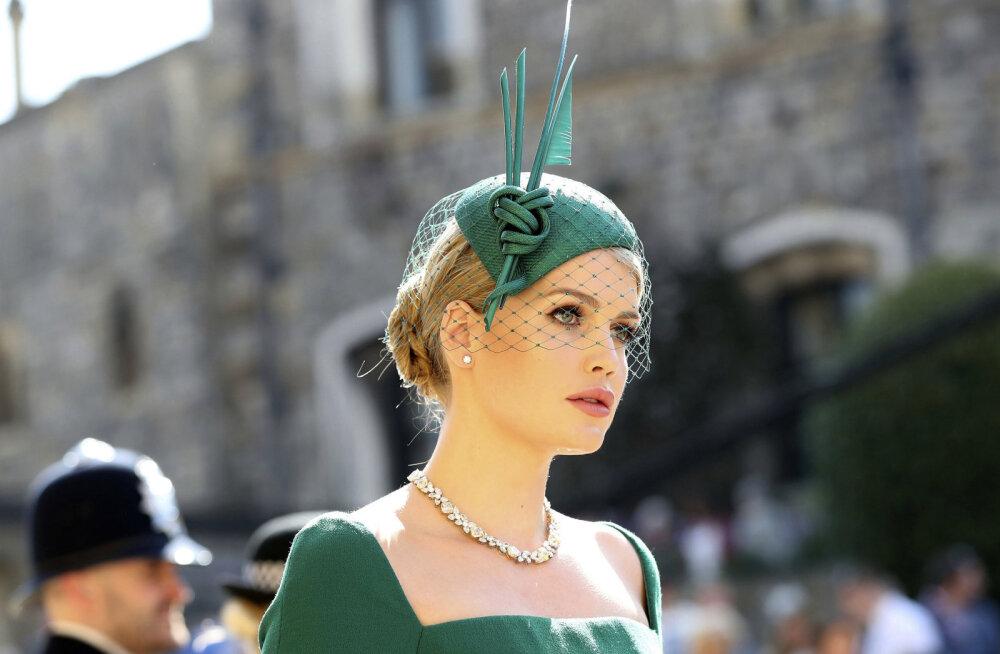 Printsess Diana noorema venna tütar Kitty Spencer vallutab moemaailma