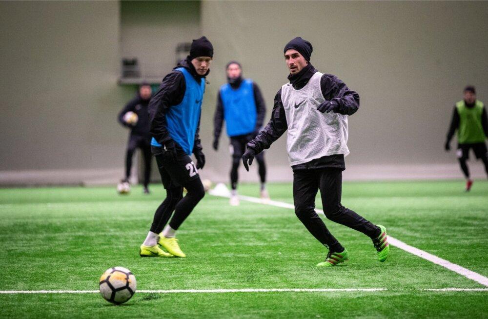 Zakaria Beglarišvili (paremal) tegi kahe hooaja vahel viimased pingutused, et saada Eesti kodanikuks. Esmaspäeval valmistus ta Flora esimeses trennis uueks hooajaks. Kui avaneb võimalus, võib ta jaanuaris hoopis välisklubisse minna.