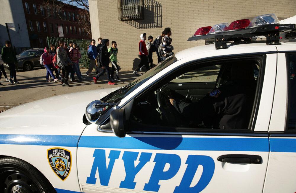 Elu kui krimifilmis: New Yorgi naispolitseinik üritas palgamõrtsuka abil abikaasale otsa peale teha