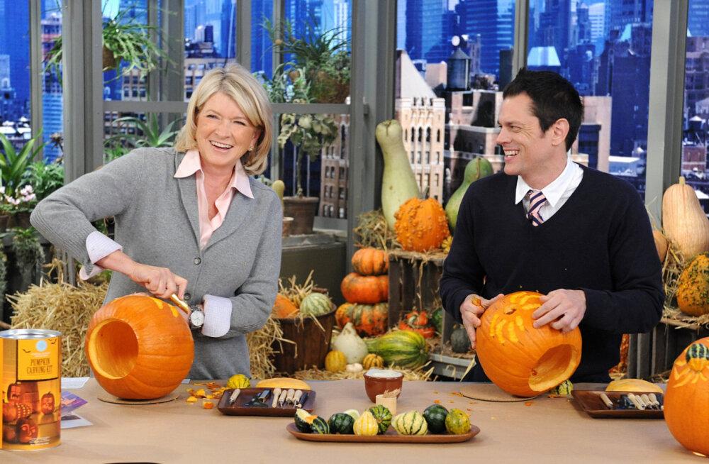 Uued ajad: kuulus kokk Martha Stewart reklaamib kanepit