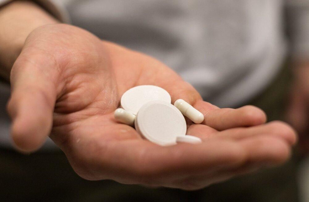 Koos ravimitega tuleb reisile kindlasti kaasa võtta arsti teatis ravimi vajaduse kohta või retsepti koopia.