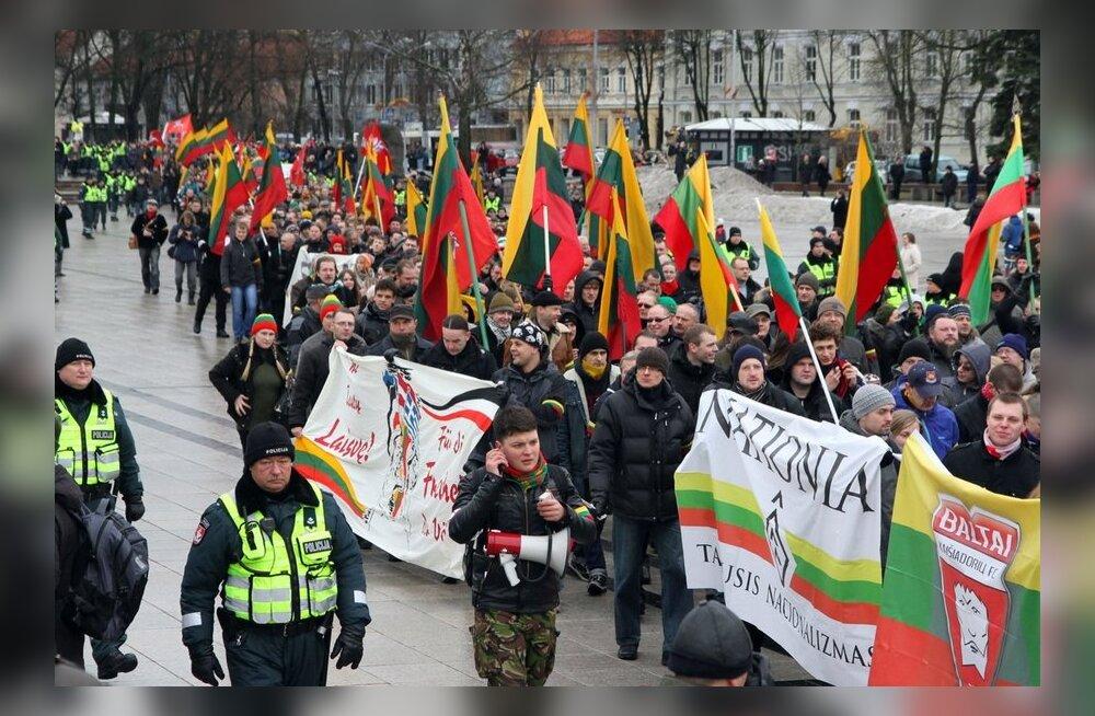Zuroff: Leedu rahvuslaste 16. veebruari rongkäik tuleks keelustada