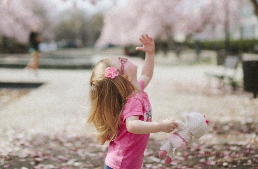 Optometrist hoiatab | Laste silmad on päikese osas tundlikumad kui täiskasvanutel