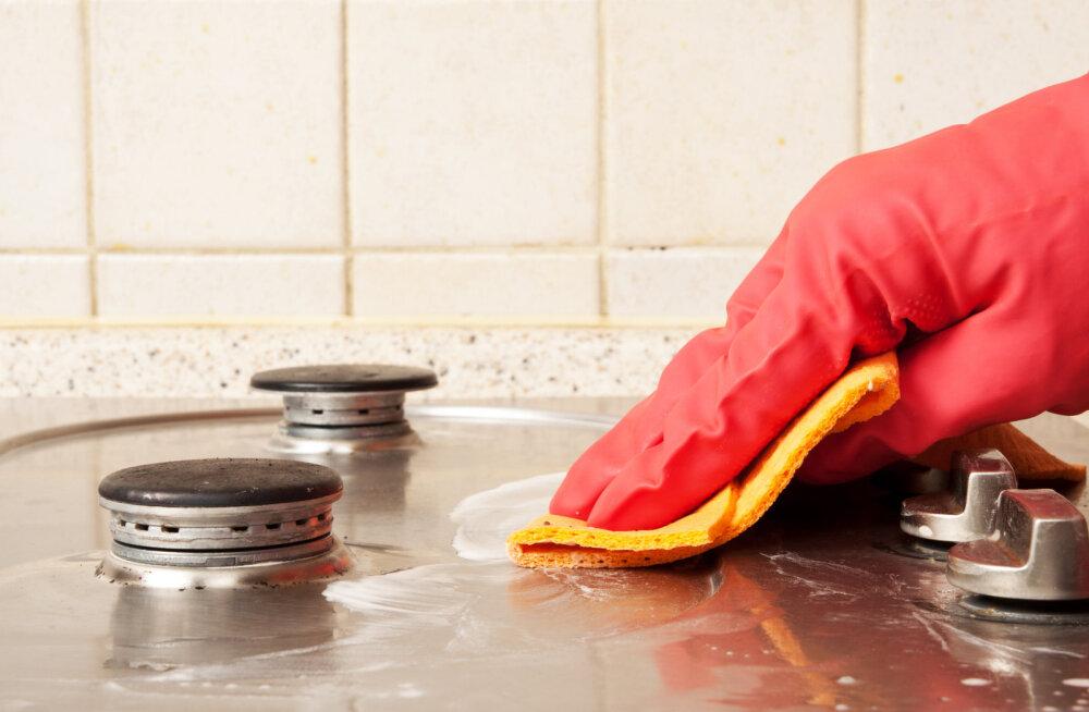 Tõhusad nipid, mille abil eemaldad lihtsa vaevaga rasvaplekid köögitasapinnalt ja mujaltki