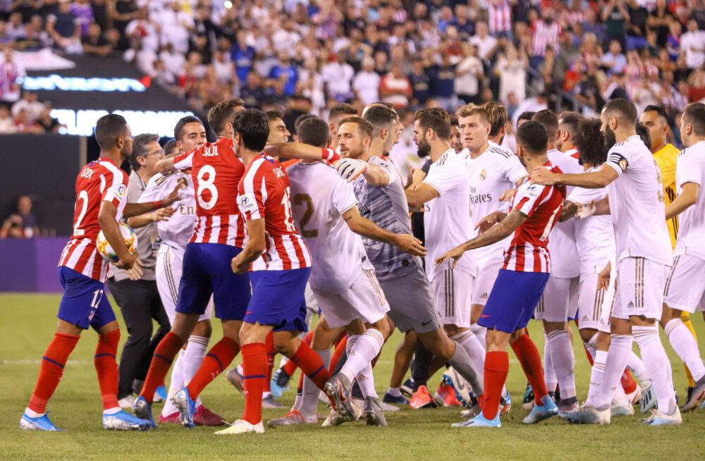 VIDEO | Atletico kõmmutas hooajaeelses treeningmängus linnarivaalile Realile suisa seitse väravat, väljakul puhkes suur rüselus