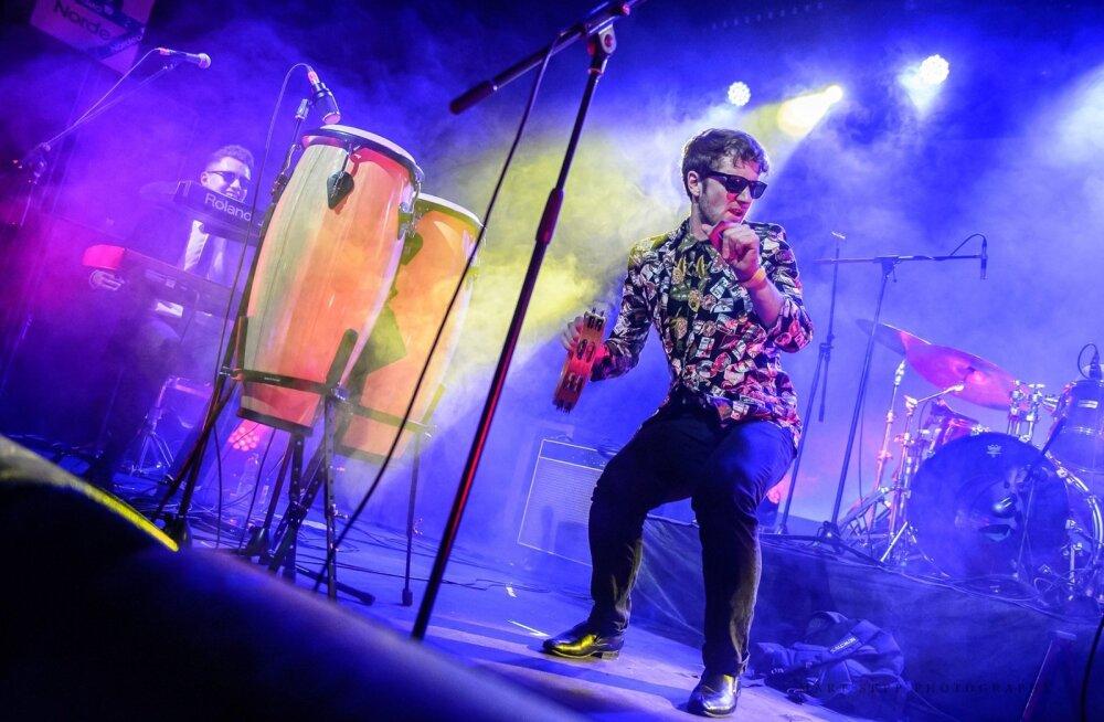 Võimas muusikaelamus garanteeritud: Eesti Muusikaauhindade 20. juubeligalaks püstitatakse Saku Suurhalli neli lava, kus toimub kahe ja poole tunnine <em>nonstop</em>-programm!