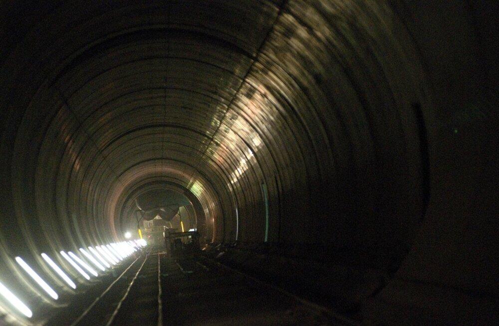 Esialgne uuring: rongisõit tunnelis Helsingist Tallinna maksaks 36 eurot