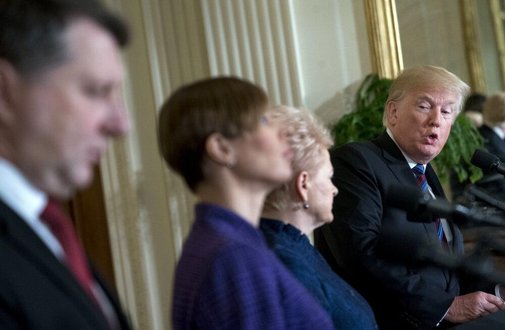 Le Monde: Trump suutis kohtumisel Baltikumi presidente traumeerida