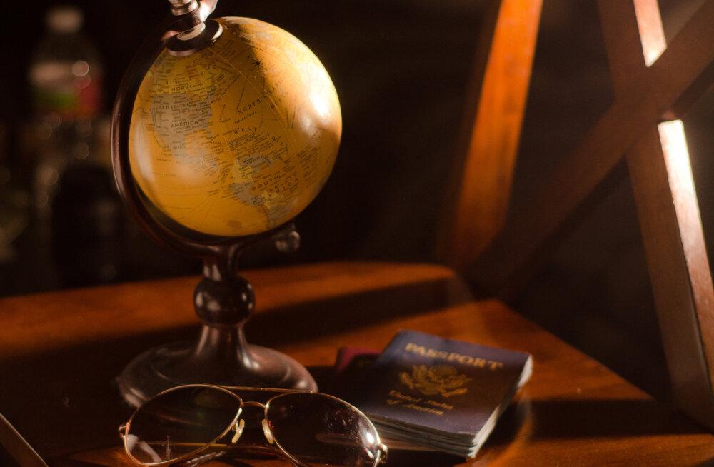 На борт самолета с селфи вместо паспорта. Шутка или реальность?