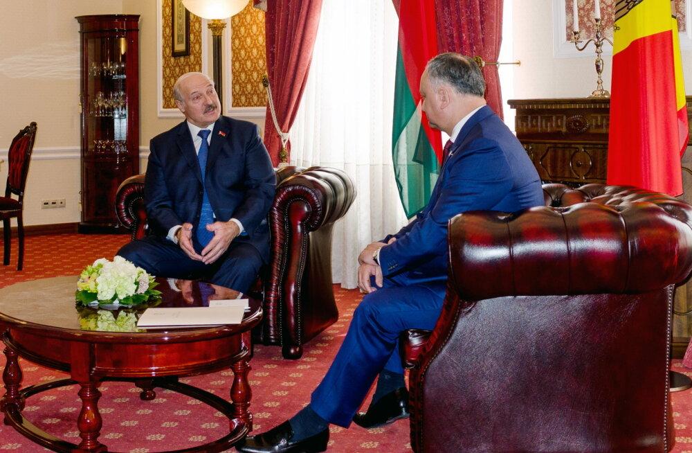 """Moldova president Dodon tõi Lukašenka lähenemise koroonaviirusele """"erinevatele tarkpeadele"""" eeskujuks"""