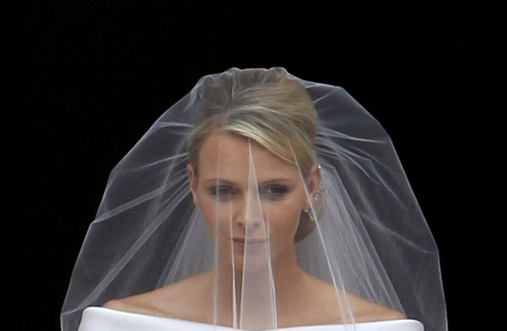 Vürstinna Charlene — kannatav kaunitar või ahne abikaasa?
